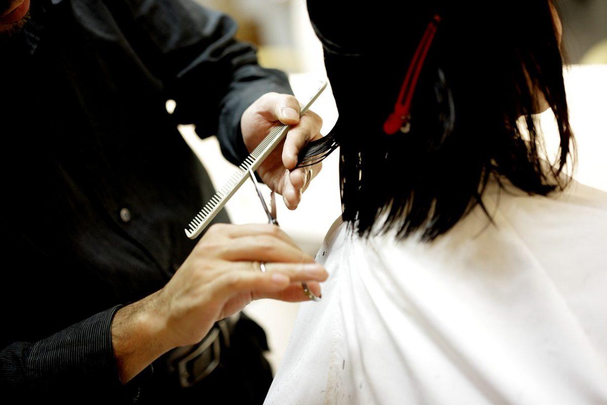 kort zwart haar knippen